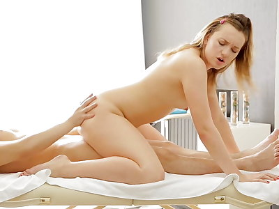 Unbelievable and super hot rubdown gonzo movie